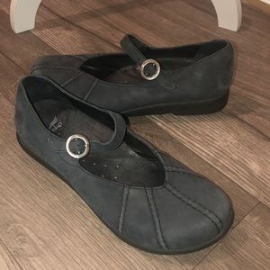 Dansko Mary Jane Soft Leather Shoe size 9 Black